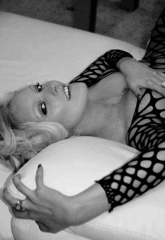 24.6. – Bella Blond feiert ihren Geburtstag!