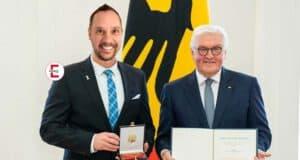 Bundespräsident verleiht Bundesverdienstkreuz an Eronite