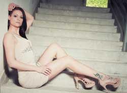 Cassy Young • Pornodarstellerin und Webcamgirl • Eronite.com