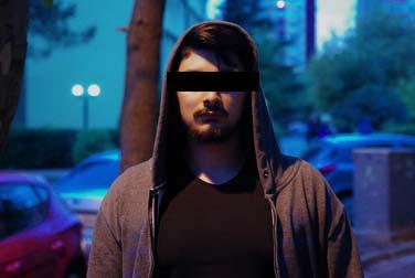 Vom Türken ausgenutzt: Frauenjagd im Internet
