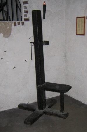 Garotte - Folterinstrument von Eronite erklärt
