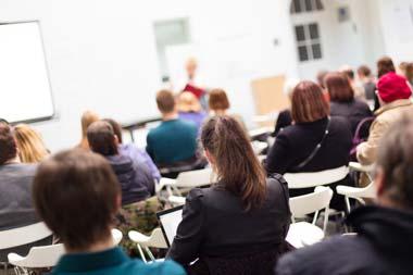 Als Privatschüler in Heras Academia lernen