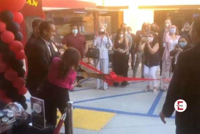 Texas Patti eröffnet den nächsten HUSTLER Shop in Los Angeles