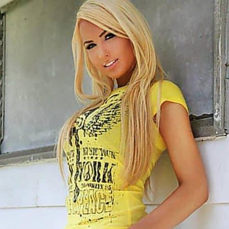 Sexy JayJay • Eronite.com