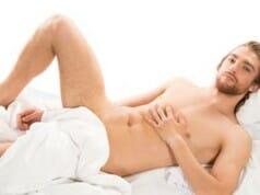 5 Gründe, warum du immer nackt schlafen solltest