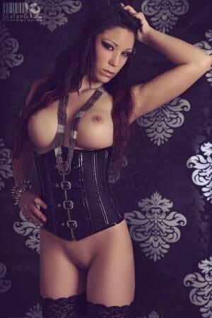 Berufsverbot für Natalie Hot |Eronite.com