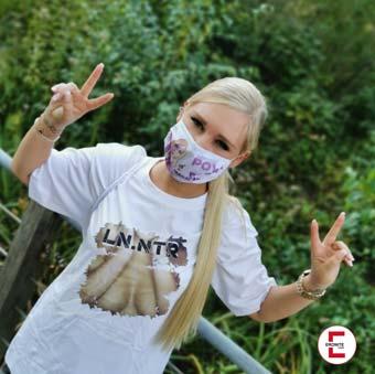 Corona: Pornodarstellerin Lena Nitro nimmt kein Blatt vor den Mund