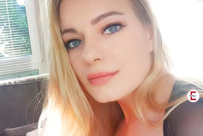 Sweet Mia XXX – Blonde Lutschpuppe im Exklusiv-Interview