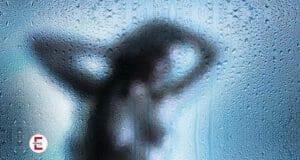 Sexy Kurzgeschichte: Der Voyeur vom Balkon