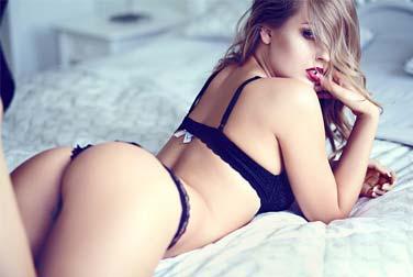 Bilder von Frauen mit Analsex