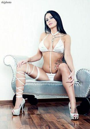 Xania Wet - Der Exklusivstar Eronite